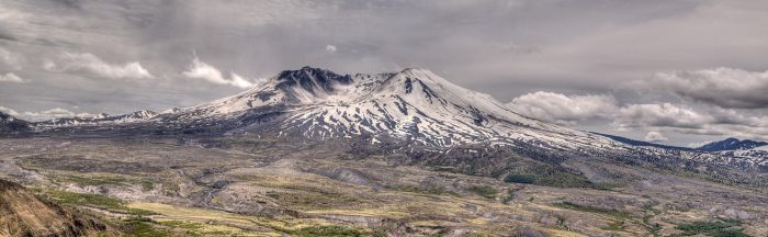 Mount St. Helens by kdiff3