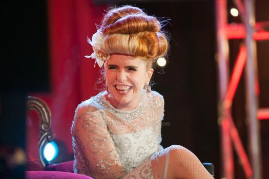 paloma faith on the couch by Coquin