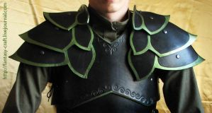 Elven leather pauldrons by Fantasy-Craft