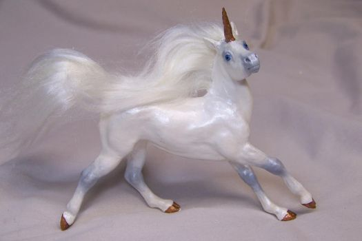 Spirit ooak Unicorn by AmandaKathryn