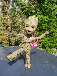 Hot toys baby groot  by yorkshirepudding1990