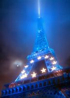 Blue Eiffel tower by bulgphoto