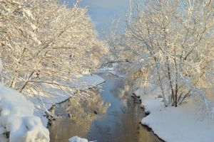 fiume in inverno by dewilix