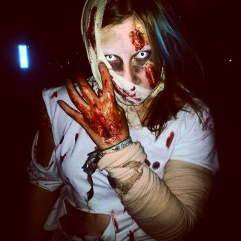 Zombie cosplay by DragonTina