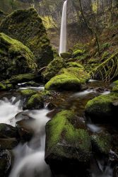Columbia River Gorge, by Brettc