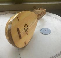 Lute - my second by Kittybriton