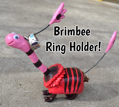 Brimbee Ring Holder by Nestly