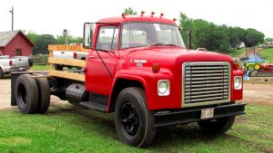IH Loadstar 1700 by craftymore