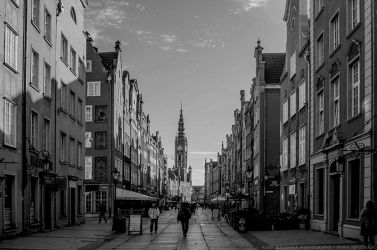 Long Lane in Gdansk (BW) by parsek76