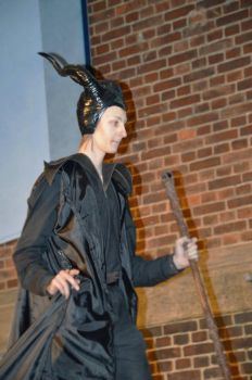 Maleficent 2014 cosplay/crossplay 5 by HIPPOPOTOMONSTROSES1