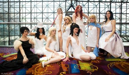 DC women cosplay group by BettyValentine