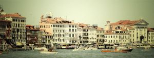 Venice Daily by mobetter