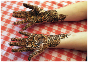 -Henna'd- by starwide