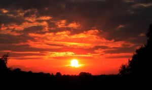 Sunset over the amber valley by Wadyface