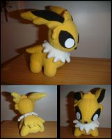 Jolteon plush prototype by ChibiTigre