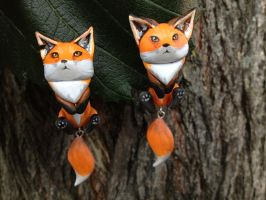 Fox Dangle Earrings by Gatobob