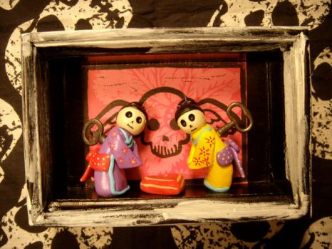 wind- up geishas by alteredboxes