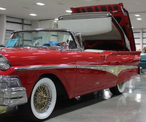 1958 Ford Retractable by finhead4ever