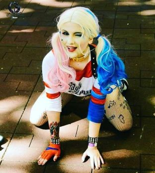 Harley Quinn Suicide Squad by caroltheccat