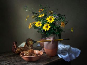 Still life with honey comb by Daykiney