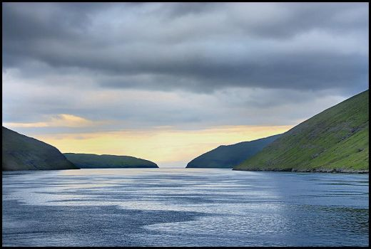 Leaving Faroe islands by eswendel