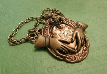 Another Steampunk Claddagh pic 2 by JLHilton