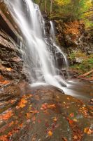 Autumn Ganoga Falls by somadjinn