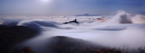 An ocean of clouds by starg691