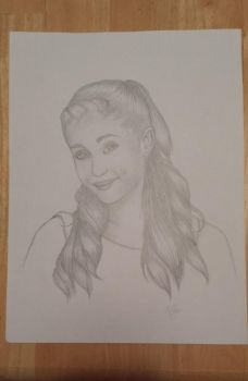 Ariana Grande by MightySkittles