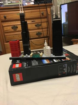 Finished my first Lego Architecture set by Reaper477