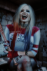 Avril Lavigne as Harley Quinn by FreeError
