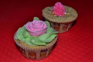 White Chocolate and Moka Cupcakes by Lily-Gangsta