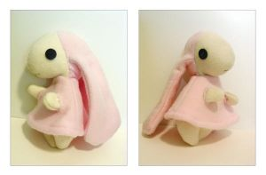 Atashi Plush by tastee-tea