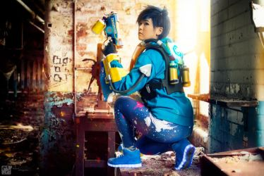 OverWatch - Graffiti Tracer - Finale by Carmello-cosplay