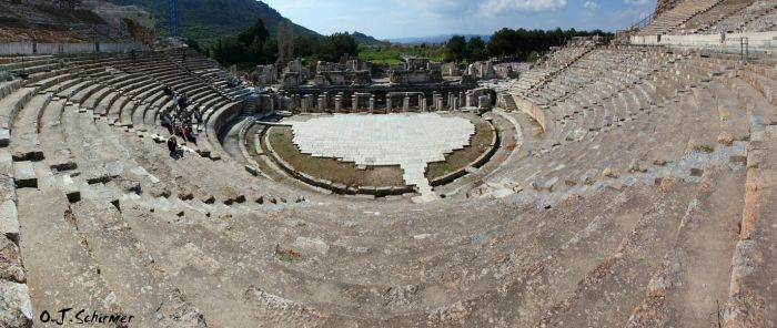 the theater of Ephesus by Sockrattes
