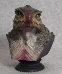 Shallow Water mini bust by mangrasshopper