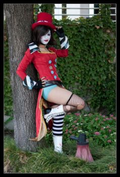 Moxxi: Tip of the hat by Enasni-V
