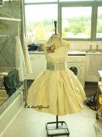 50s Prom dress out of Paper by Sukai3