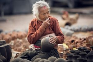 turning the clay by Katoman
