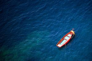 Alone on the ocean by Malleni