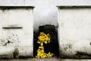 yellow balls by LILY-m