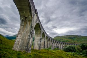 Glenfinnan Viaduct by roarbinson