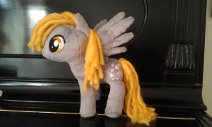 9 inch Derpy on a Piano by DraglaPlushies