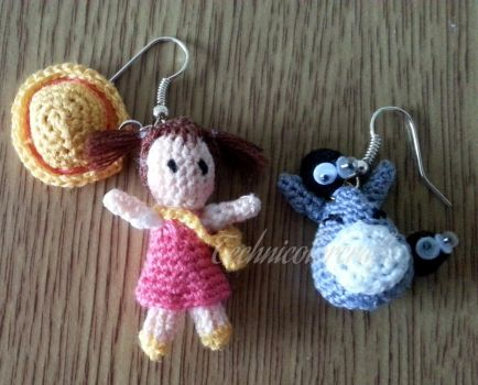 Mini crocheted Mei and Totoro earrings by technicolorcrafts