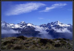 Mountain and mist by Macomona
