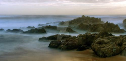 Mysterious sea... by vmribeiro