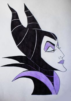 Maleficent - evil beauty by EnchantedBlueRose