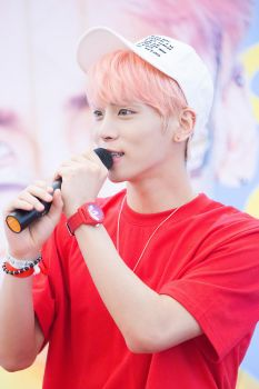 Jonghyun at a fansigning in Busan 2016 by iloveyou1989