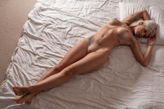 in bed with Ashlay by Photorotic