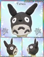Totoro Fleece Hat by AnimeNomNoms